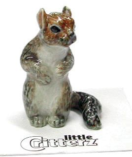 Little Critterz™ Figurines - These highly collectible and adorable carded critterz are made of individually hand-painted porcelain.