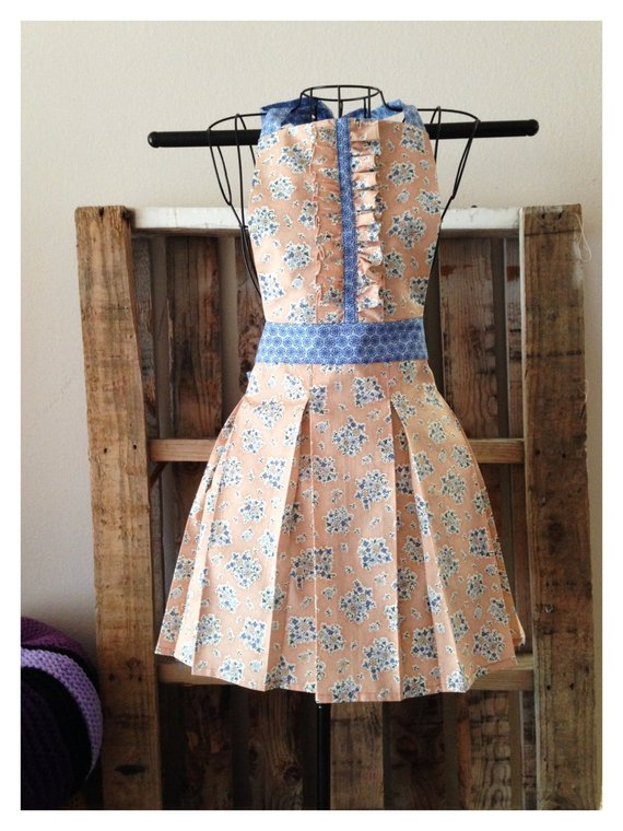 93966301971f7 Box-Pleated Skirt Apron- Women's Apron Floral Print Ruffles Cute ...