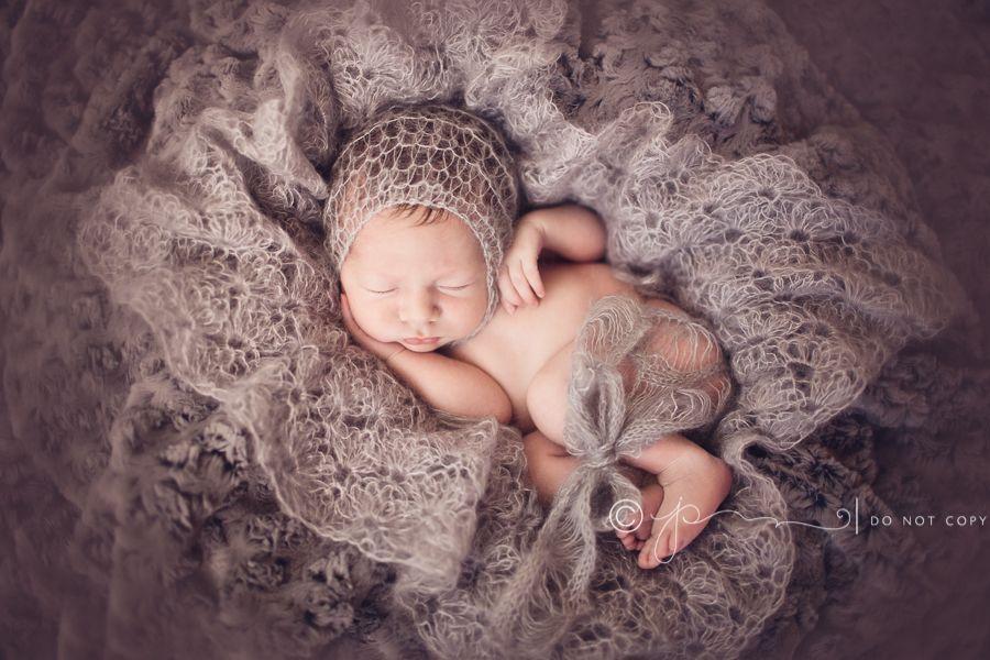 All girl nashville tennessees premier newborn photographer