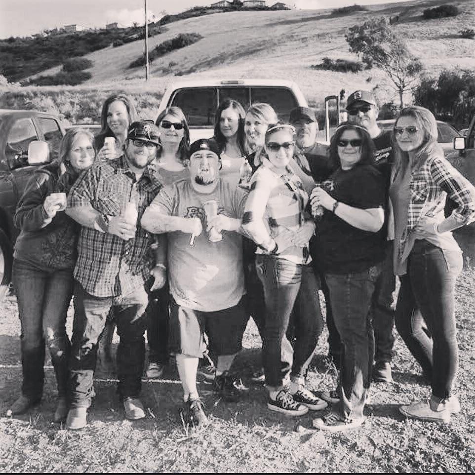 Tailgating is the best part!   #bradpaisley #countrymusic #countryconcert #tailgating #family #dezwasdone #ford #merica by christada https://www.instagram.com/p/BFs7ka8i7MQ/ #jonnyexistence #music