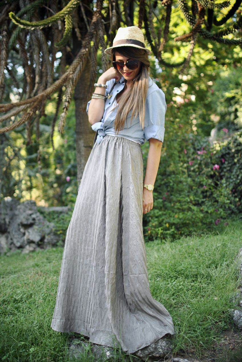 Don't love the waist but the rest of the skirt is fantabular