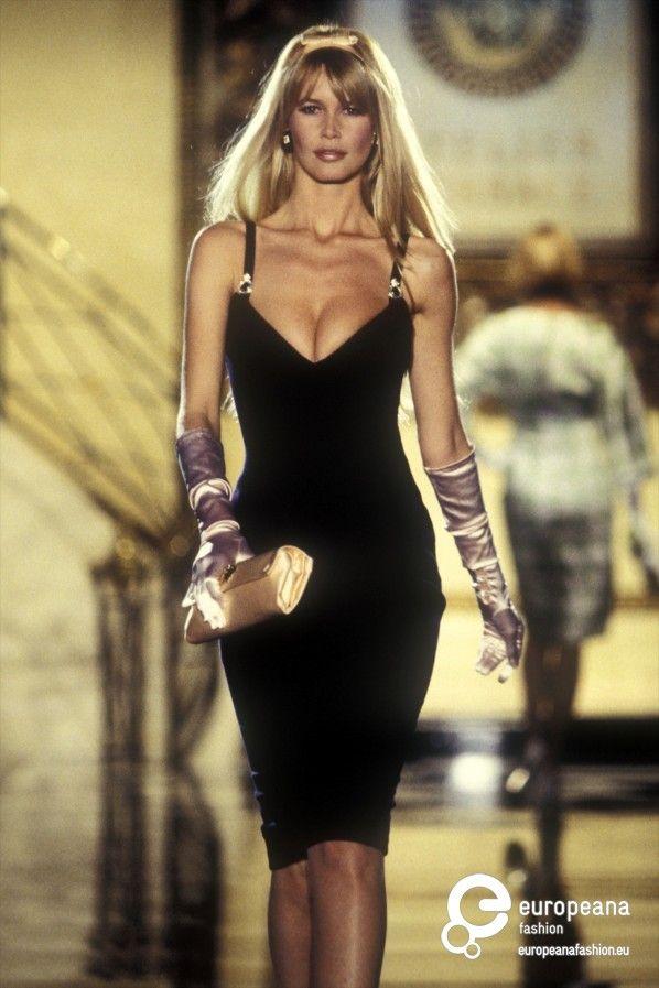 Abiti Eleganti Anni 90.Abito Da Sera Di Gianni Versace Couture 1995 Moda Moda Anni 90