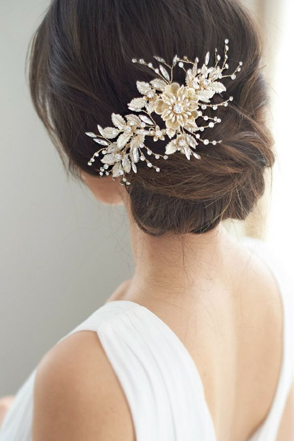 Bridal Headpiece Lydia Features A Stunning Floral Design Complete With Shimmering Rhinestones A Floral Headpiece Wedding Floral Wedding Hair Wedding Hair Clips