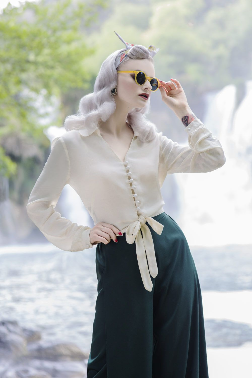 b66e0abf5f8a9f Our womens 1940s authentic vintage style puff sleeve blouse. This fabulous  Blouse has a very flattering shape with a classic 40 s collar and front tie  ...