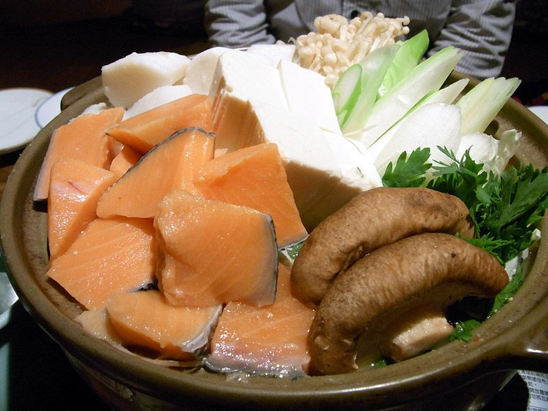 Lets nabe a beginners guide to japanese hot pot cooking dishes a beginners guide to japanese hot pot cooking dishfood ideasnabe forumfinder Image collections