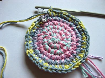 Bunny Mummy: Crochet Bowl Tutorial