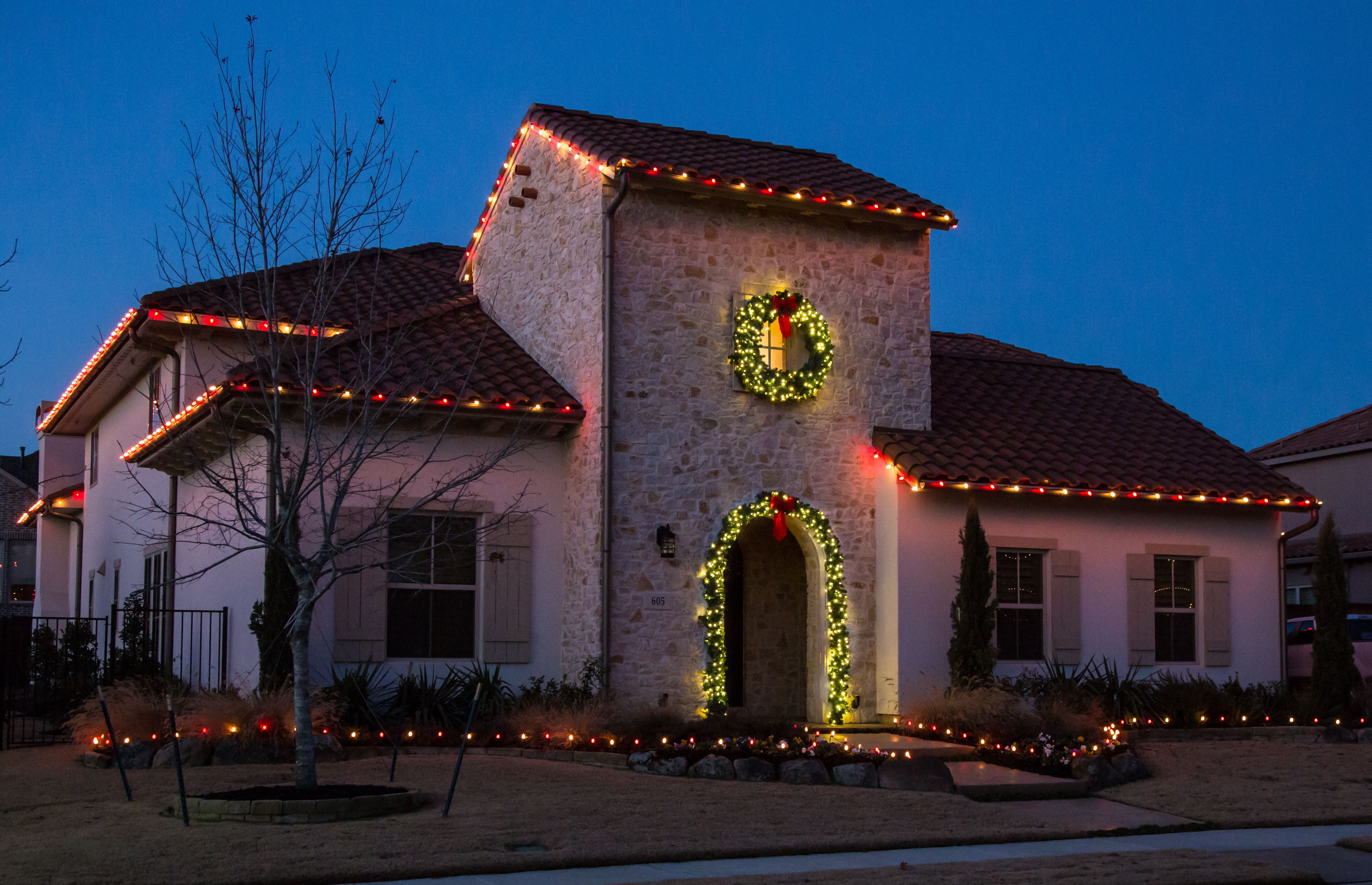 Simple, but not simplistic, Christmas Lighting ...