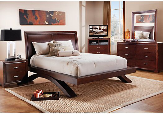 Kristina 7 Pc Queen Bedroom Rooms To Go Bedroom Bedroom Sets King Bedroom Sets