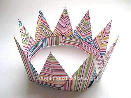 Photo of Origami Modular Spiky Crown – explore this blog for many more origami ideas and …