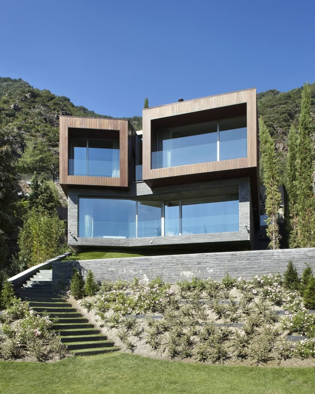 Contemporary Home Single Family House In Kifisia: Single-family House In Andorra By GCA Architects