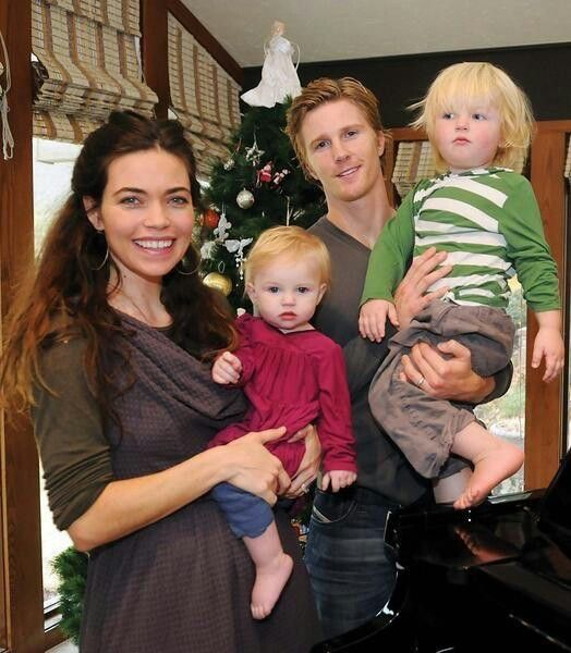 Y and R Thad Luckinbill(Jeffery Todd J.T) with wife Amelia Heniel(Victoria Yand R, Mia AMC and Steffy Loving and The City) with their son Thad and daughter Georgia. Missing is Amelia's Son August from her first marriage to NCIS Michael Weatherly(Tony and Cooper Loving and The City)