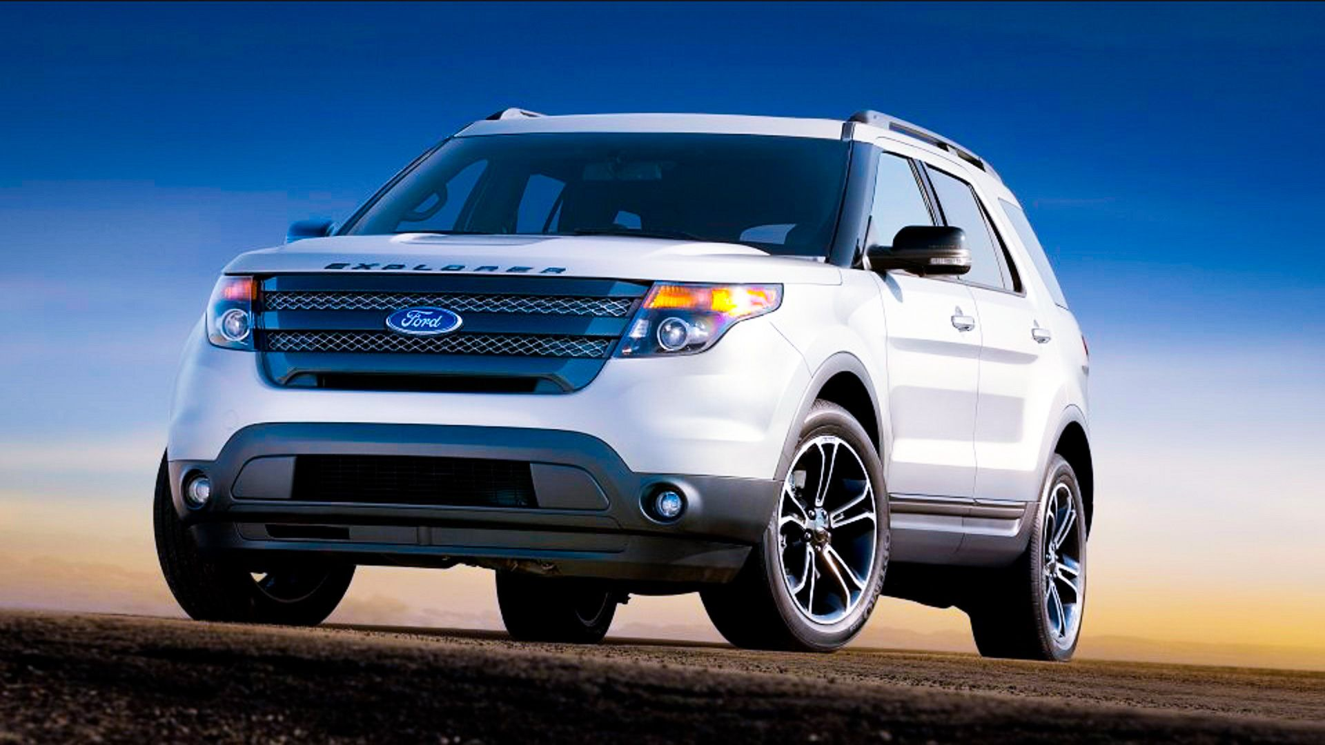 2015 Ford Explorer. Ford