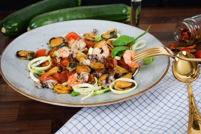 Escal Seafood Frutti di Mare Zucchinispaghetti   Abendessen ...