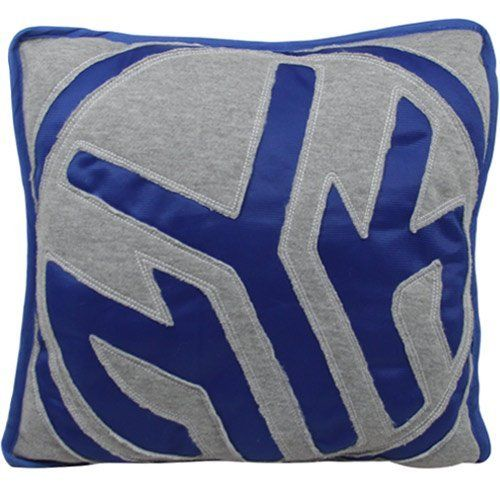 "NBA New York Knicks Big Logo Reverse Applique Pillow - Ash/Royal Blue by Football Fanatics. $24.95. New York Knicks Big Logo Reverse Applique Pillow - Ash/Royal BlueOfficially licensed NBA product65% Polyester/35% CottonSurface washableImportedSewn-on logo appliqueApproximately 14"" x 14""Quality embroidery65% Polyester/35% CottonApproximately 14"" x 14""Quality embroiderySewn-on logo appliqueSurface washableImportedOfficially licensed NBA product"