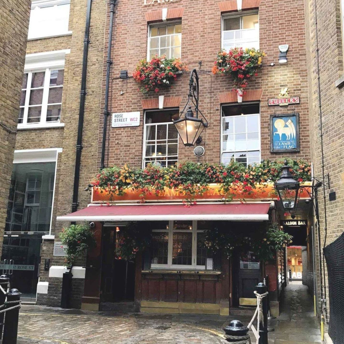 Chic Everywhere London Pubs Lamb And Flag Covent Garden I 2020