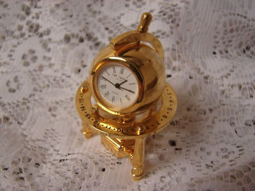 W. Widdop Collectible Brass Miniature Quartz Novelty Clock Moveable Globe