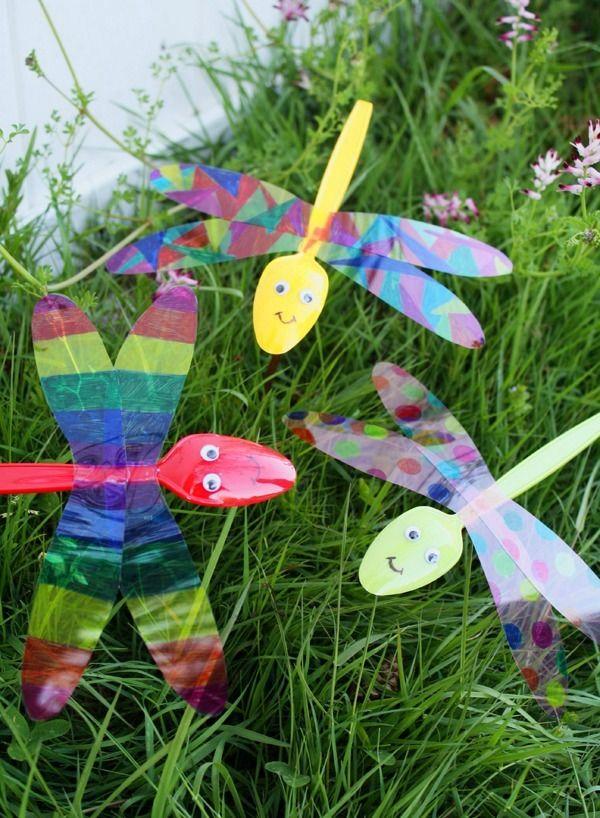 Plastic Spoon Dragonflies Crafty Dragonfly Inspired Craft Ideas