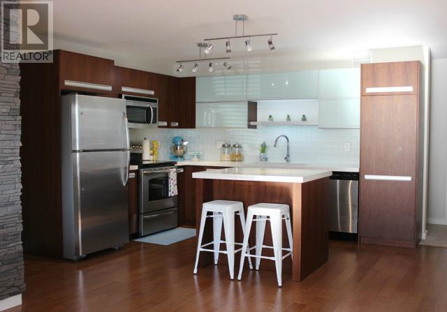 Searching For Listings In Saskatoon Home Decor Decor Breakfast Bar