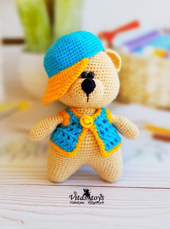Free Crochet Teddy Bear Pattern - Lucy Kate Crochet | 930x690