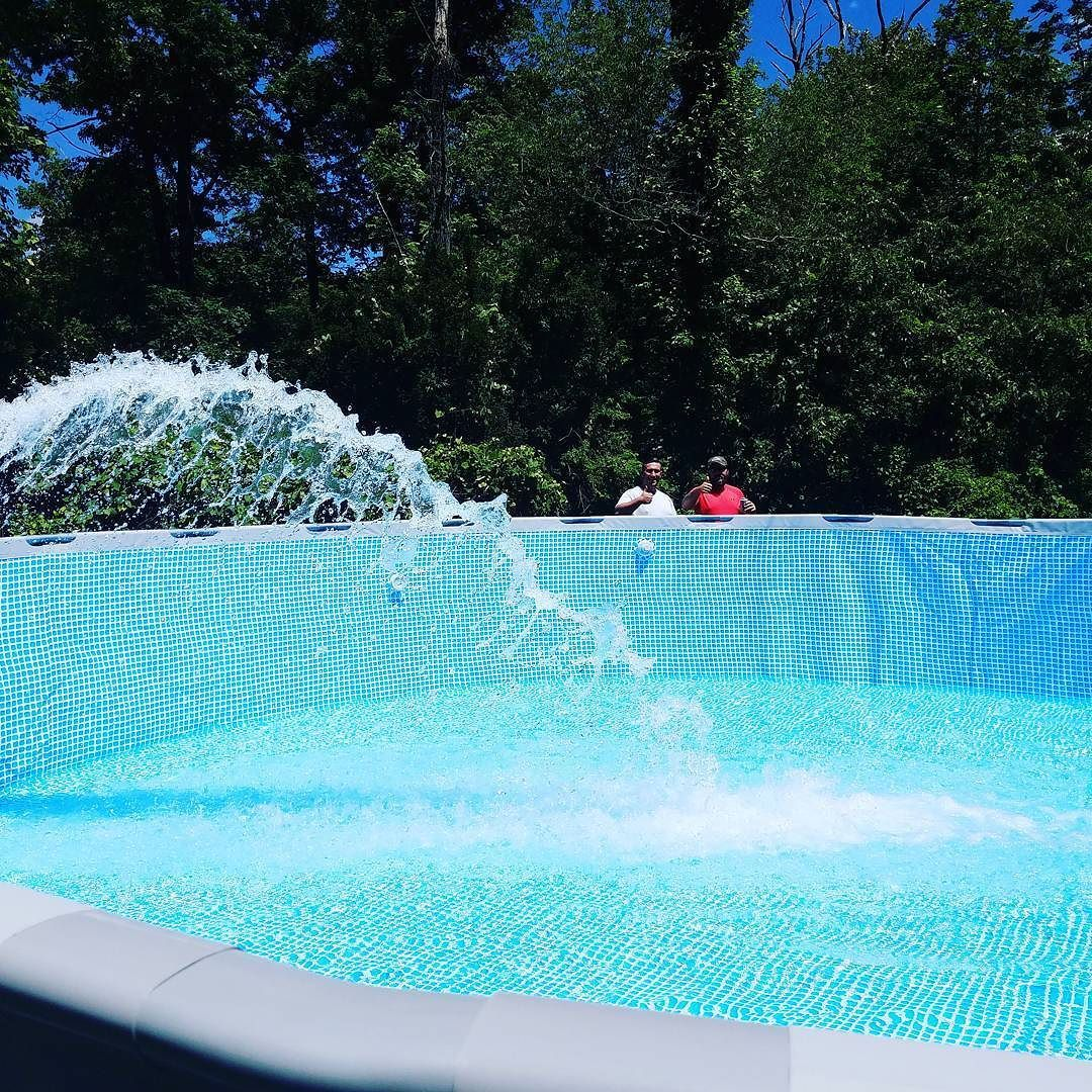 Call The King 1 862 236 3555 Waterdelivery Swimmingpool Gowaterking Water Delivery Water Swimming Pools