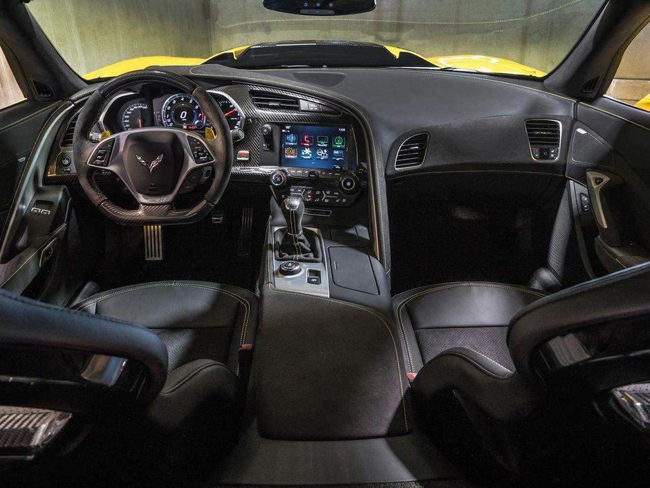 2019 Chevrolet Corvette Zr1 A Comfortable 755 Horsepower Thrill
