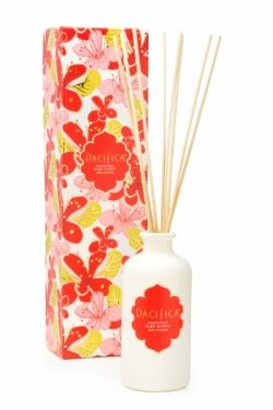 Hawaiian Ruby Guava Deluxe Edition Reed Diffuser |   Solid white glass bottles and natural reeds work in any setting. •Long lasting (up to 6 months) •Clean, continuous scent •Subtle decorative accent •Formulations meet State of California EPA Proposition 65 standards •Environmentally friendly and fully recyclable •Made in the USA