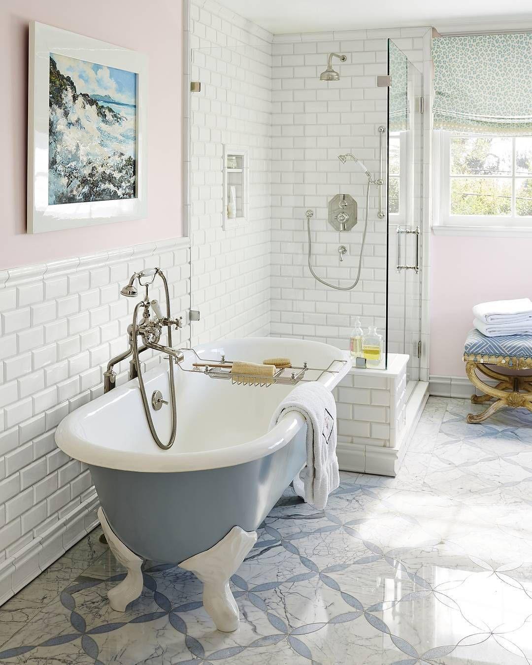 House Beautiful Instagram Douglas Friedman Design Kristaewart Con Imagenes Lavabos De Bano Cuarto De Bano Moderno Decoracion Cuartos De Bano