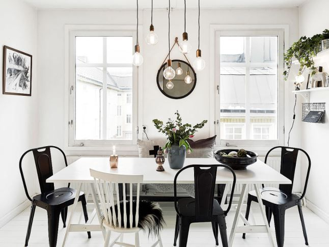 On Ose Les Chaises Disparates  Déco Cuisine Et Salle À Manger Awesome Black And White Dining Room Table 2018