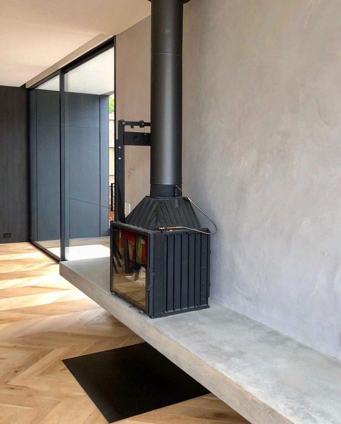 Cast iron combined with floating concrete hearth is Perfectly ...
