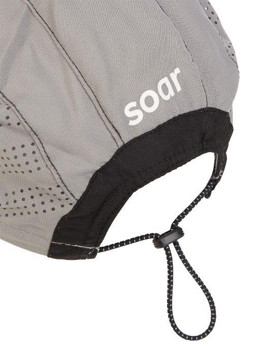 5e7ecf00dd7 Soar s light-grey running cap is crafted from a lightweight