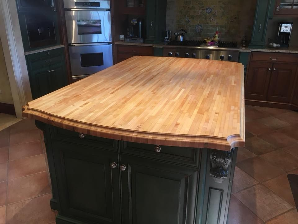 Beautiful Edge Grain Maple Wood Island Countertop Wood