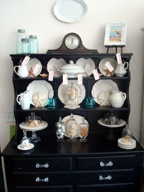 Beachy cabinet display (from Starshine Chic)
