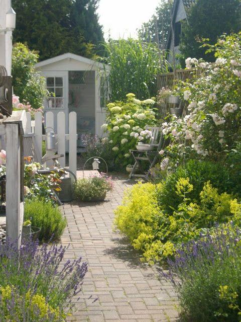 Lille Ting Garten Garten Pinterest Gärten, Gehwege und Lille - garten gestalten mediterran