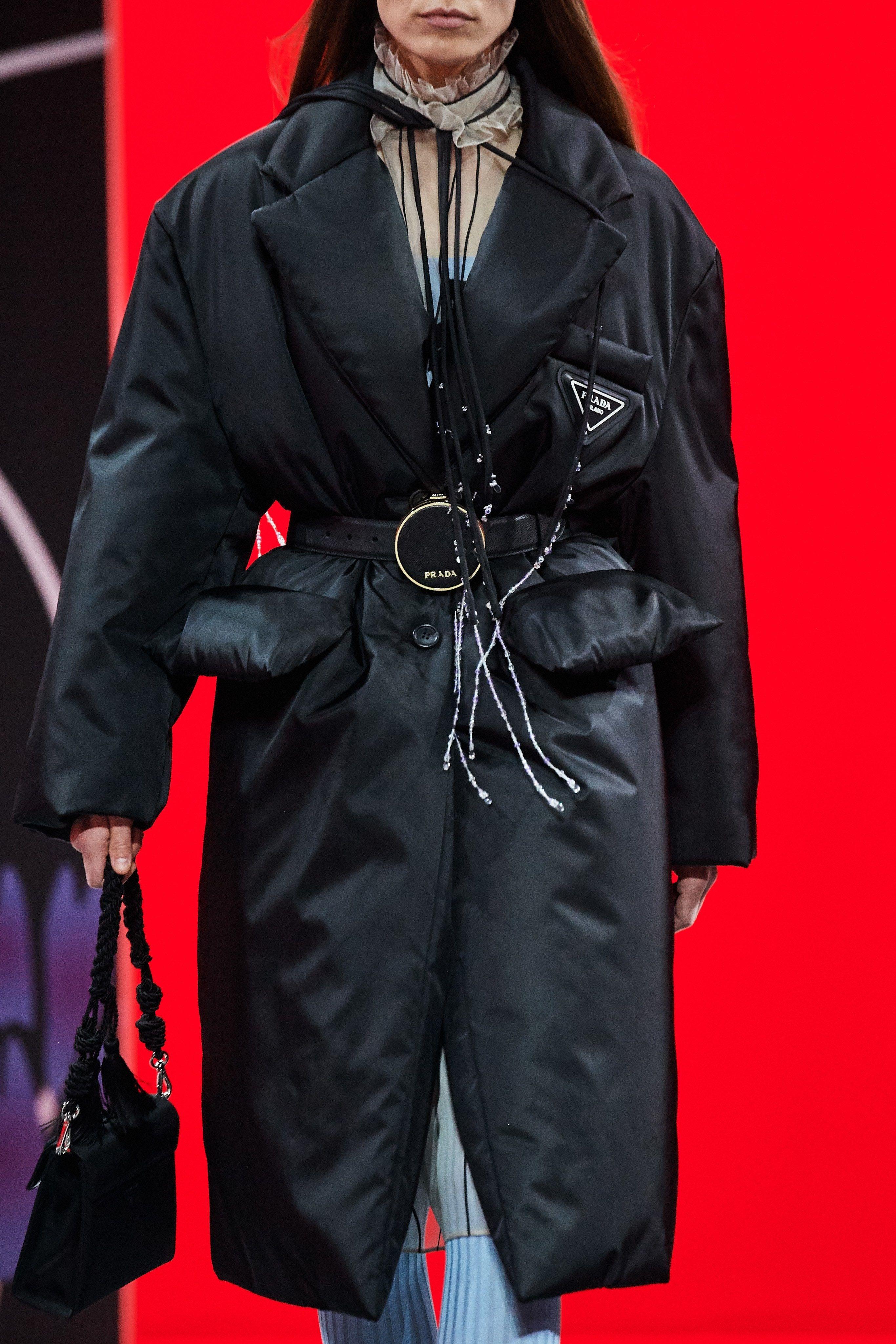 Prada Fall 2020 Ready To Wear Collection Fashion Ready To Wear Fashion Week 2021 [ 4098 x 2732 Pixel ]