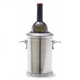 Designed to snugly fit a favorite bottle of wine, this gorgeous selection features height and sophistication.