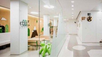 Hospital infantil con un diseño asombroso