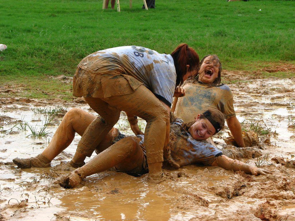 girls in mud  Google Search  8th oneInternational Mud