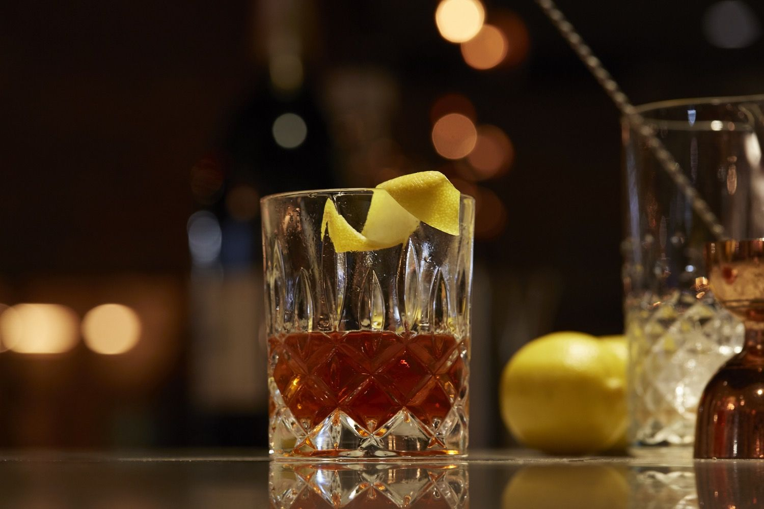 The Secrets of Ordering a Good Drink at a Hotel Bar | Rye ...