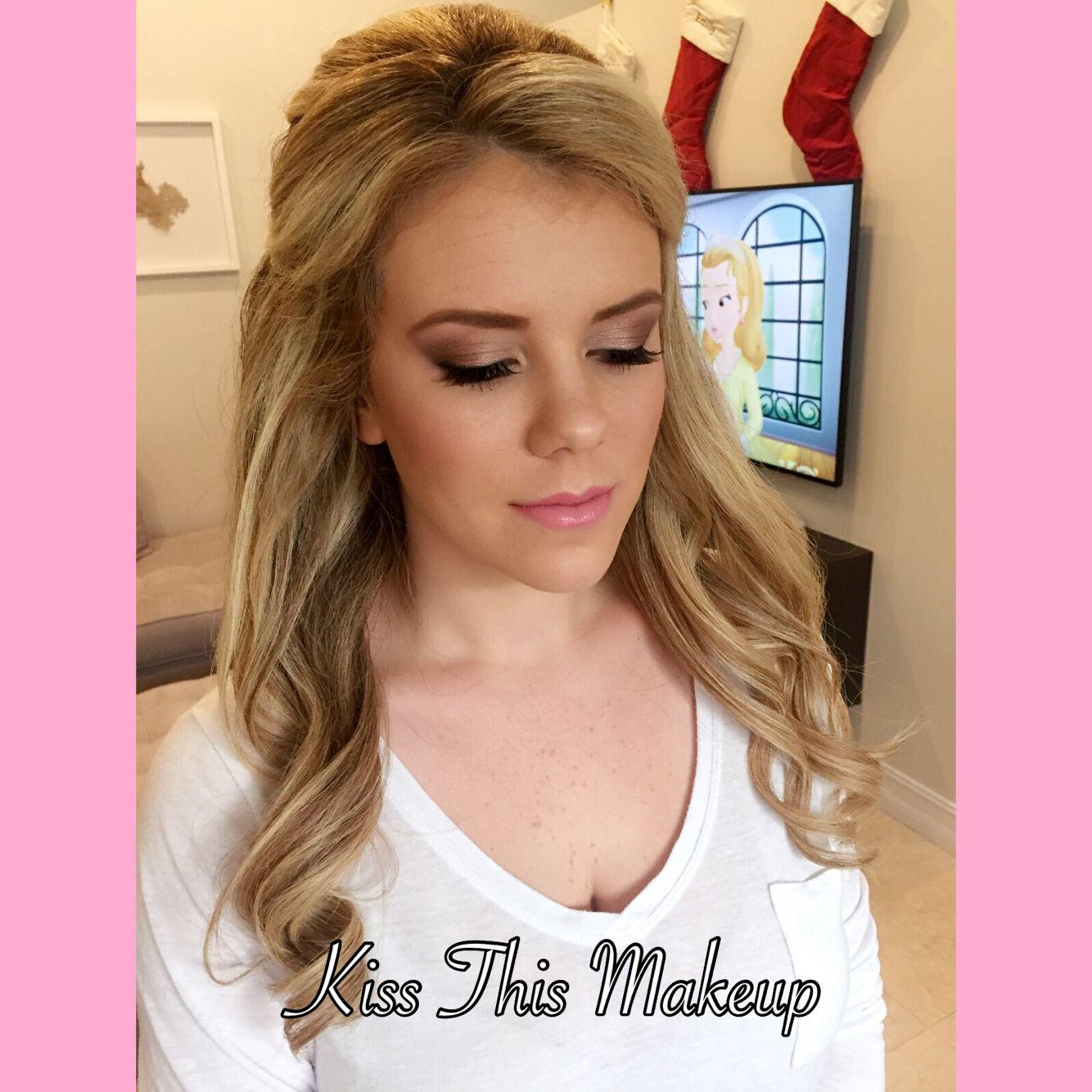 kissthismakeup #makeupartist #airbrush #eyeshadow #brides #updo