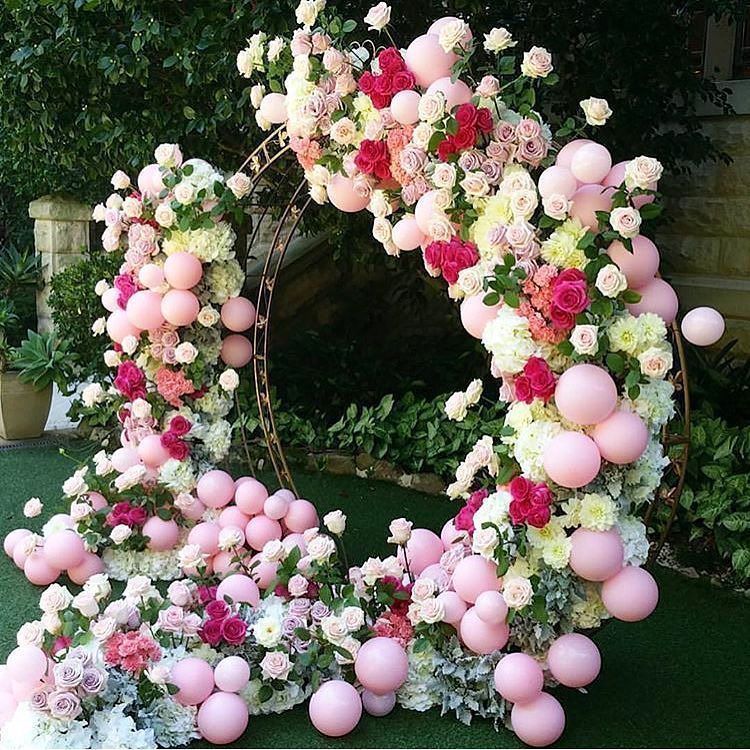 In absolute awe of this amazing arch for the