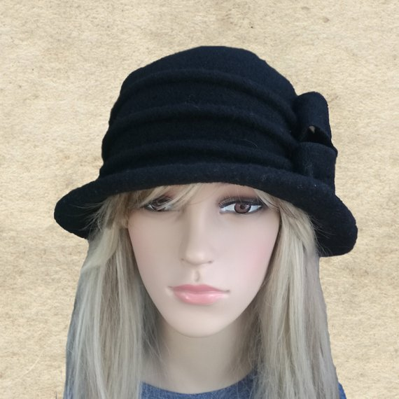 ed961186a Felted wool hat, Black winter hat, Womens felt hat, Felted hat women ...