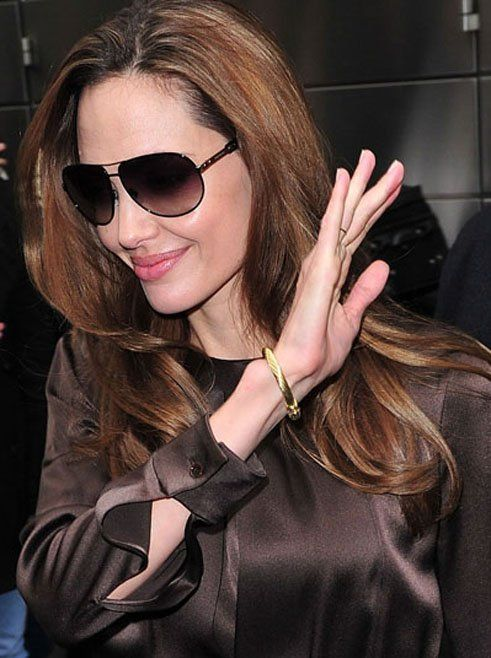 b891fef649f Angelina Jolie wearing David Yurman Pearl Cable Bracelet