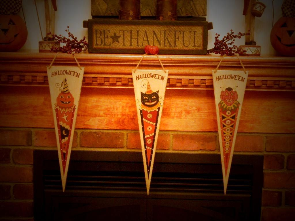 Primitive Set of 3 Halloween Banners / Pennants Black Cat, Pumpkin - Primitive Halloween Decor