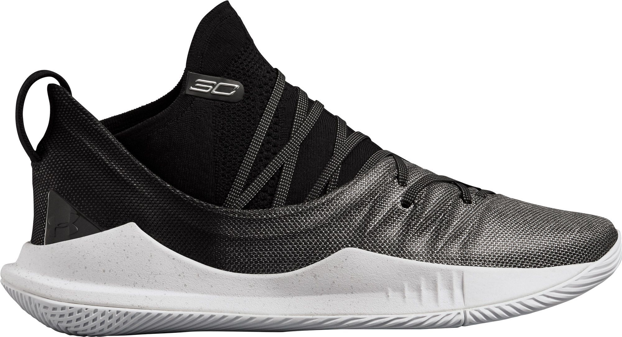 fa11d930bd2c Under Armour Men s Curry 5 Basketball Shoes in 2019