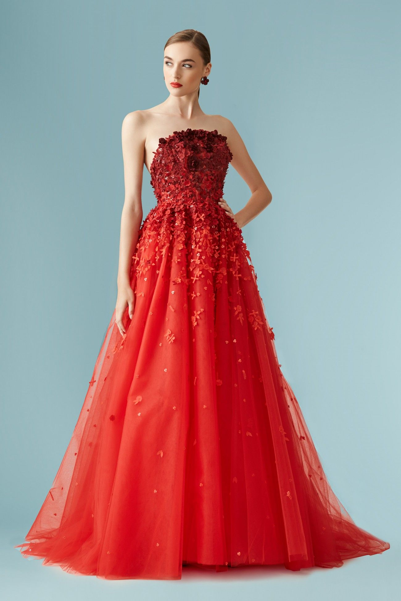 All over embellished strapless tulle gown in red elegantnÍ ŠatiČky