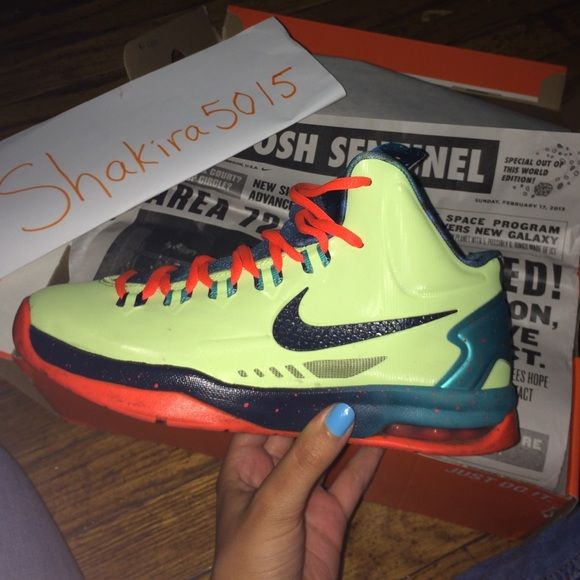 KD 5s size 4.5 | Kevin durant sneakers