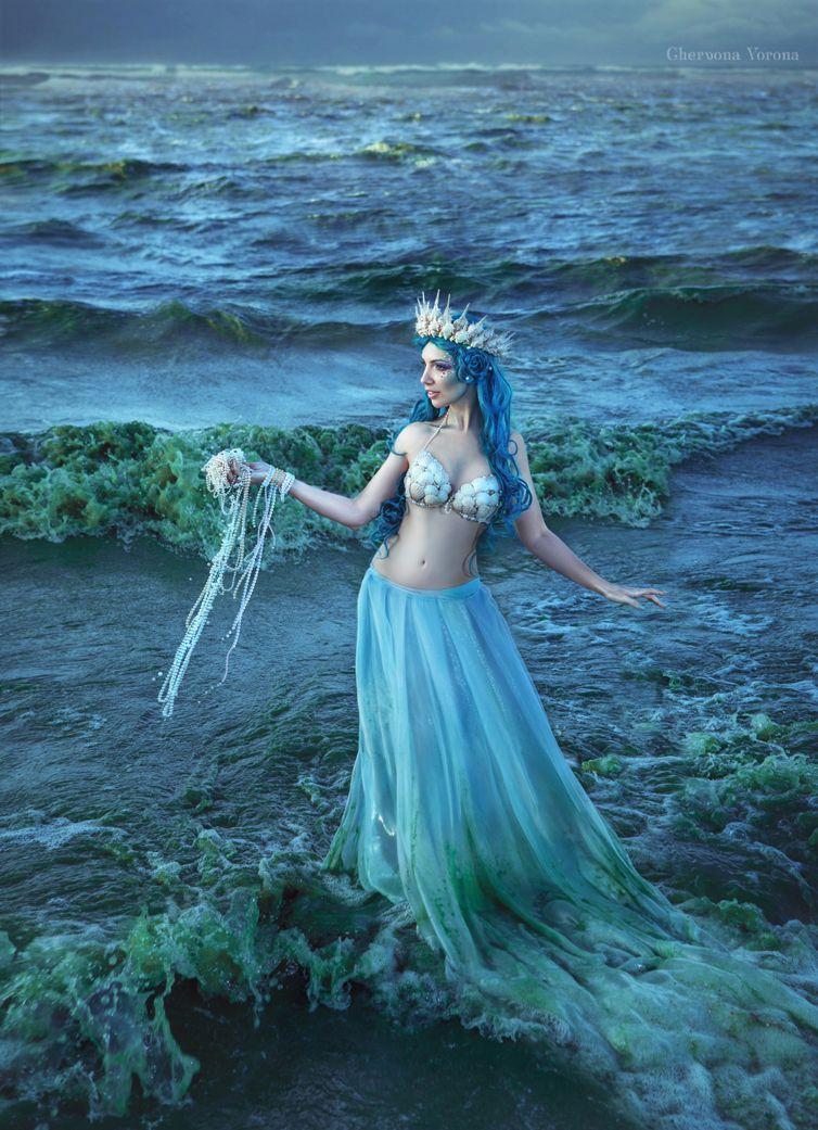 Sea maiden by chervona.deviantart.com on @DeviantArt