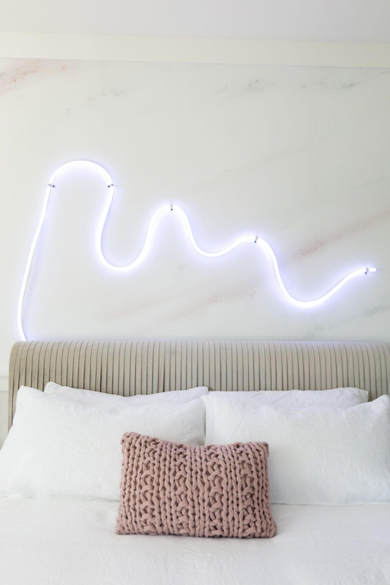die besten 25 led lampe keller ideen auf pinterest innenbeleuchtung lichtleiste decke und. Black Bedroom Furniture Sets. Home Design Ideas