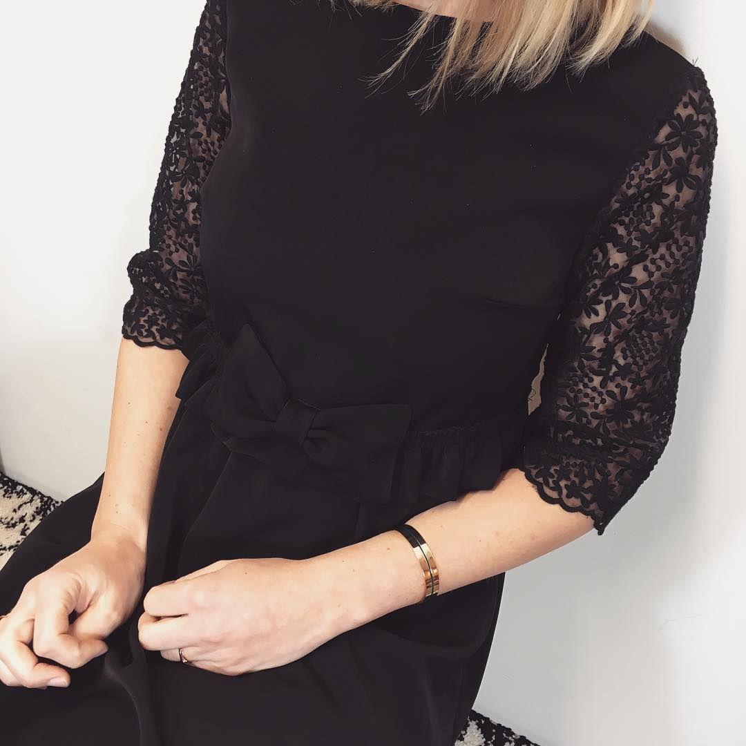 """183 mentions J'aime, 12 commentaires - Margot Tiret (@margottiret) sur Instagram: """"Douce soirée ✨ #cousumain #couture #sewingaddict #lapetiterobenoire"""""""
