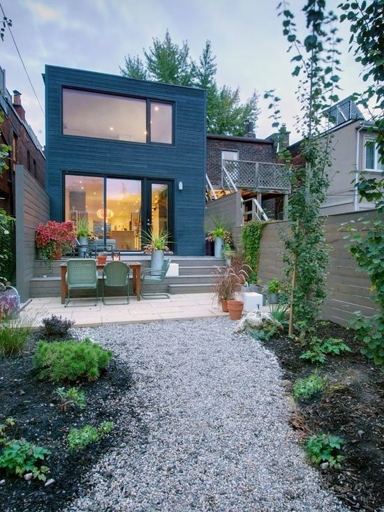 Toronto Small Backyard Landscaping Pictures Home Design Ideas Pictures Remodel And Decor Backyard Inspo Backyard Design Modern Outdoor Spaces